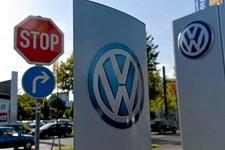Fire måneder efter, at dieselskandalen brød ud, er en løsning for danske VW-ejere fortsat langt væk.