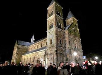 Domkirke overvejer vagter efter vold og trusler juleaften