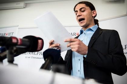 Nationalpartiet har sendt digteren på porten efter sag om narkokørsel