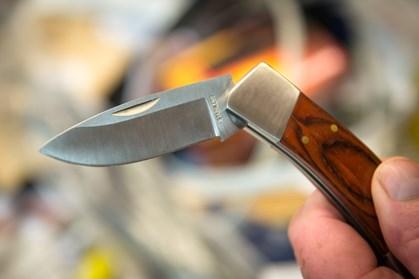 Tidligere dømte for vold kan se frem til 40 dages ubetinget fængsel, hvis de snuppes med kniv