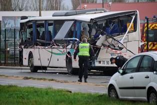 """Frankrigs præsident kalder kollision mellem skolebus og en lastbil for en """"tragedie"""""""