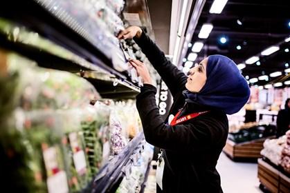 Gulerod fra regeringen skal få flygtninge i job