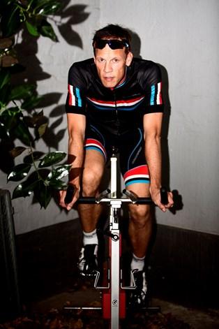 Nu dropper Ritter cyklen til fordel for løb og rulleski