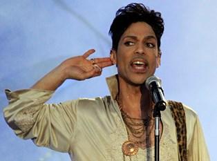 Eric Clapton skriver en rørende hyldest til den afdøde musiker Prince