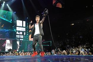 """Justin Bieber og Skrillex er blevet sagsøgt for at have plagieret sangen """"Sorry"""""""