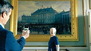 Nu kan du følge det danske Kongehus på Facebook og Instagram