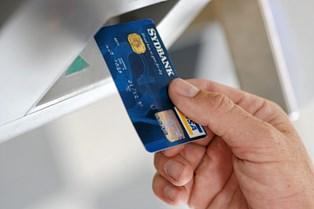 Dit Visa/dankort bør kun være backup for kreditkortet, siger eksperter