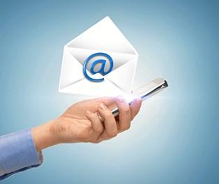 Derfor skal du ikke tjekke mail i ferien