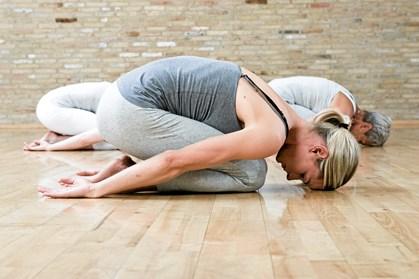Hvis du er bidt af yoga, kan du få unikke yogaoplevelser på din ferie, hvis du rejser til Bali, Costa Rica eller det sydlige Indien