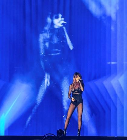 Sangerinden Selena Gomez blev af veninderne fejret på sin fødselsdag med kærlige ord og gamle minder