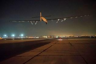 Solar Impulse 2 fløj 40.000 kilometer udelukkende på solenergi