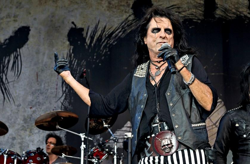 Alice Cooper vil ifølge sit valgprogram have afdøde Lemmy fra Motörhead hugget ind i Mount Rushmore