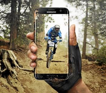 "Samsung S7 forventes at få det nye styresystem ""nougat"" senest i 2017."