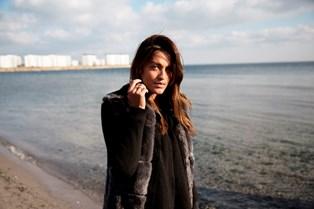 Sangerinden og bloggeren Saseline Sørensen bekymrer sig for sin egen afhængighed af de sociale medier