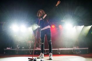 Det danske rockband Dúné er gået fra syv til tre medlemmer. Det har tæret hårdt på de resterende medlemmer