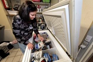 Se hvordan Winnie Gade sparer mindst 2000 kroner hver måned