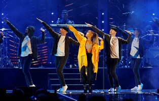 Når Ariana Grande til foråret kommer til Danmark, skal hun spille i Herning