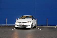 Det samlede bilsalg ventes at nå op på 225.000 i år - se liste over de mest populære modeller