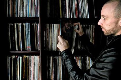"""Der er """"goldrush"""" på markedet for vinyler. Men det er også blevet sværere at gøre en god handel, fortæller arrangør af Københavns største plademesse"""