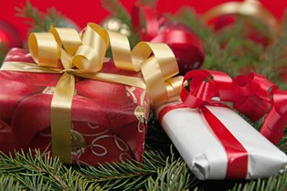 Ved du heller ikke, hvad du skal give din kæreste i julegave? Det ved du, når du har læst denne artikel
