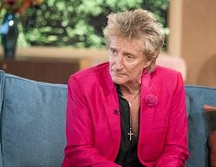 Sangveteranen Rod Stewart kommer til Danmark næste år, hvor han skal spille koncert i Royal Arena