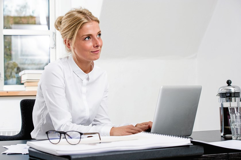 Det kan være svært at nå toppen og de gode lederjobs, hvis din angst og nervøsitet hindre dig i at rykke og agere på det hårde arbejdsmarked - det er ifølge undersøgelser et problem, som mange kvinder står overfor.