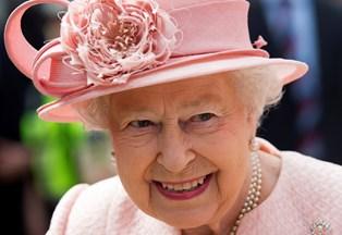 Dronning Elizabeth har hjulpet britiske stjerner til Golden Globe-succes