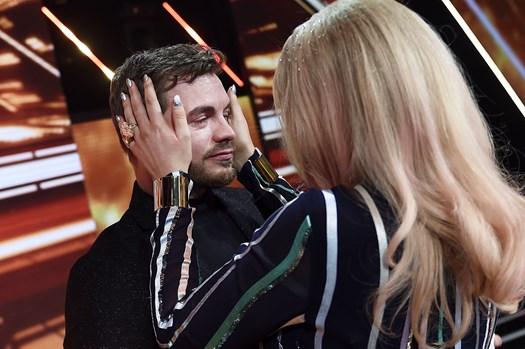 """Det gjorde rigtig ondt på deltageren Mike Beck, da han for anden fredag i træk endte i farezonen i """"X Factor""""."""