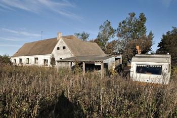 Helt nøjagtigt vil der komme 2500 flere tomme huse hvert år fremover, lyder det i en prognose fra Kommunernes Landsforening, KL, skriver Jyllands-Posten. Scanpix/Henning Bagger