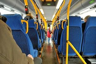 Intet kan ødelægge en dag mere end et forsinket tog eller en forsinket bus, men det er de færreste, der er klar over, at du kan få erstatning, hvis ikke du når din destination til tiden.