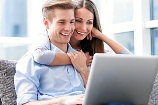 Traditionelle banklån har svært ved at konkurrere med nye digitale lån, der kan bryste sig med lynhurtig behandlingstid og hurtig udbetaling.