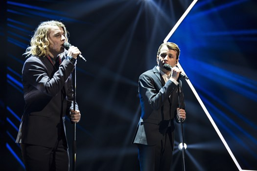 """Mia, Chili og Morten Nørgaard er alle videre til """"X Factor""""-finalen, mens VKation røg ud i semifinalen."""