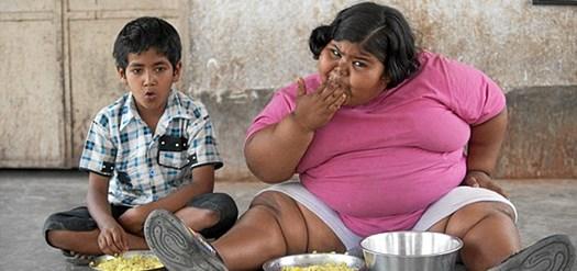 Se video! Hun er kun otte år men vejer det samme som en sværvægtsbokser. Nu kæmper familien for at få hjælp