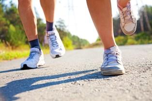 Har du lyst til at tabe dig, komme i form og få styr på din stress? Så kan en løbetur på 15 minutter være vejen i foråret