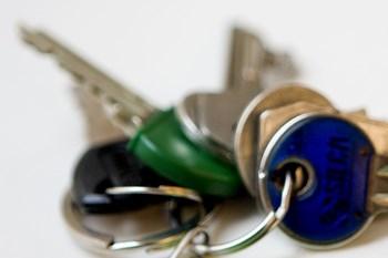 En simpel nøgle til hoveddøren kan bruges, hvis man vil aflade sig selv. Foto: Scanpix/Katrine Damkjær
