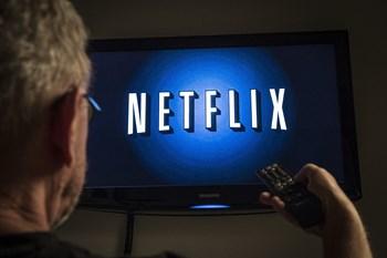 Blandt de 250 bedst vurderede serier på filmsitet imdb.com har Netflix 50 titler, HBO Nordic har 40 titler, mens Viaplay har 14. Free/Olufson Jonas