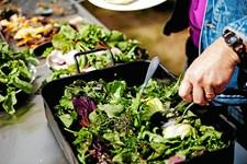 Spis variereret, så får du mest mulig næring ud af din kost. Læg en regnbue på din tallerken. Her kan du se, hvad du skal vælge - og hvorfor