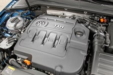 Volkswagen udfordres i Europa, hvor 180.000 utilfredse bilejere er gået sammen for at kræve fuld tilbagebetaling for alle køretøjer påvirket af bilkæmpens dieselskandale.