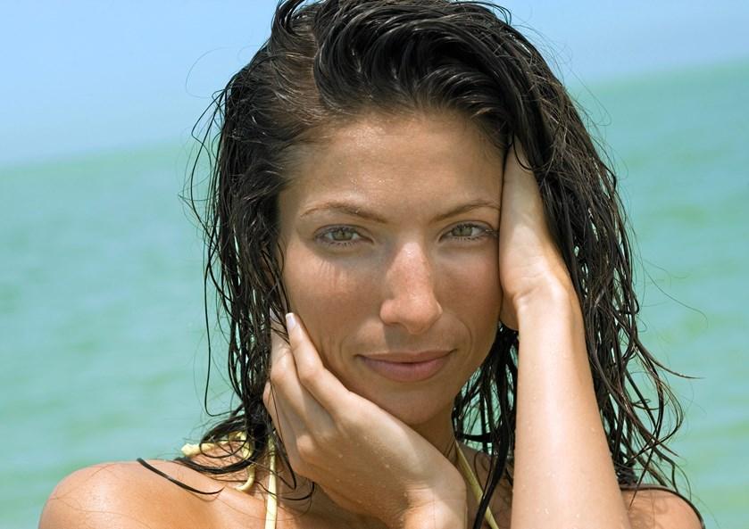 Sommeren er over os, og for mange betyder det sol og strandture.