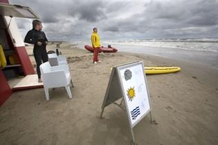 Kystlivredderne havde historisk få sikkerhedsaktioner under årets badesæson, der sluttede onsdag aften