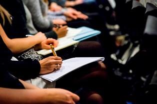 Optaget på universiteterne er øget, men mange burde ikke være blevet optaget, viser en undersøgelse.