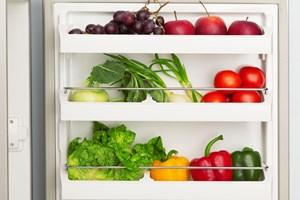 Har du lyst til at tømme køleskabet kort tid efter et måltid? Så husk at spise godt med groft og grønt, som giver en langvarig og stabil mæthedsfornemmelse