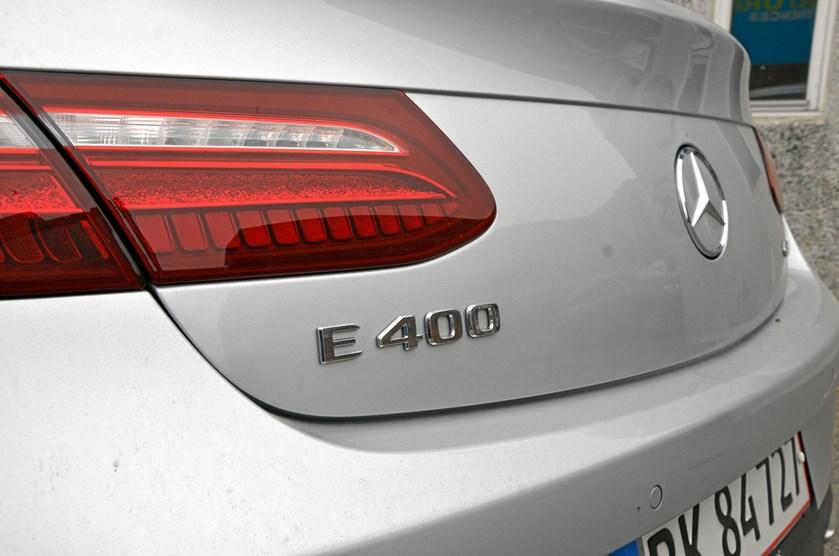 Knap 1000 Mercedes-biler blev indregistreret i december. 300 er siden afmeldt og har fået afgift retur.