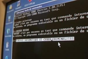 Det er blevet mere udbredt at hackere og phishere erstatter det link, der vises nede i statuslinjen, med et falsk, siger konsulent i it-sikkerhedsfirma.