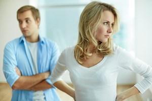Konflikter og skænderier lyder umiddelbart ikke som noget, et parforhold har godt af. Mange tænker da også, at hvis man skændes, så mister man kærligheden og ender med at gå fra hinanden.