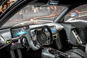 Mercedes-Benz AMG Project One verdens første serie-producerede bil med samme motor, som Formel 1 racerne kører rundt med
