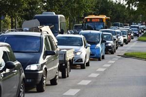 Et samarbejde mellem Yousee, Vodafone og en række bilproducenter giver indbygget internet i nye biler.