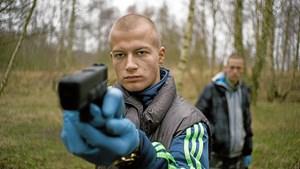 """Gustav Giese blev med sin rolle i filmen """"Nordvest"""" øjeblikkeligt udråbt som et af dansk films største talenter, og den status underbyggede han med roller i film som """"Sommeren '92"""" og """"9.april""""."""