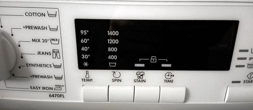 Hvis du skal skifte din gamle vaskemaskine ud med en ny, er det oplagt at kigge på energimærkningen for at finde en maskine, der bruger så lidt strøm som muligt.
