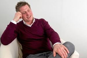 Den danske skuespiller, der i sommer var indlagt efter en hjerneblødning, skal spille med i ny musical.